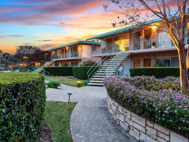 Mid Century Condo Pasadena